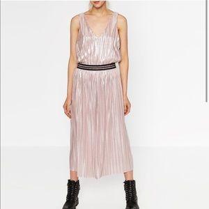 Zara metallic pink midi pleated skirt